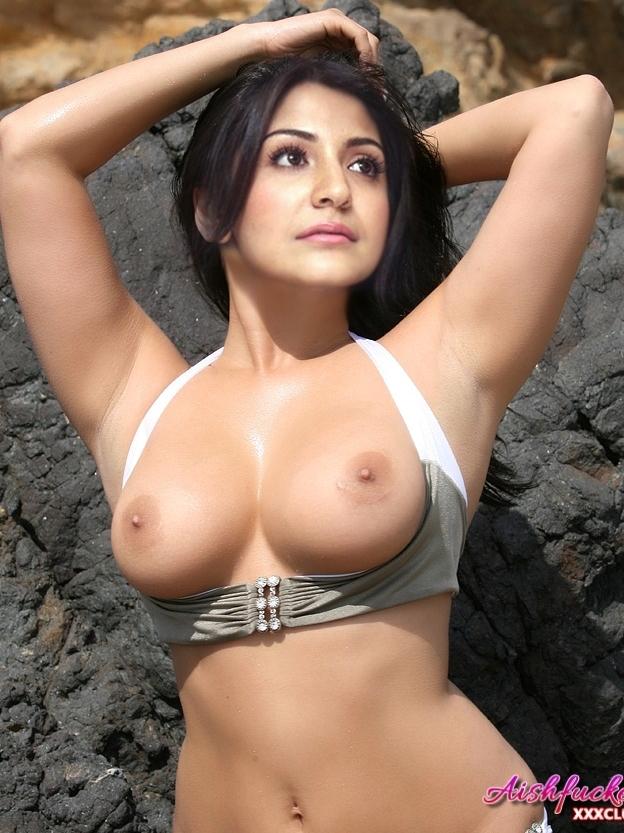 Anushka Sharma nude navel xxx topless boobs sexy naked pic show
