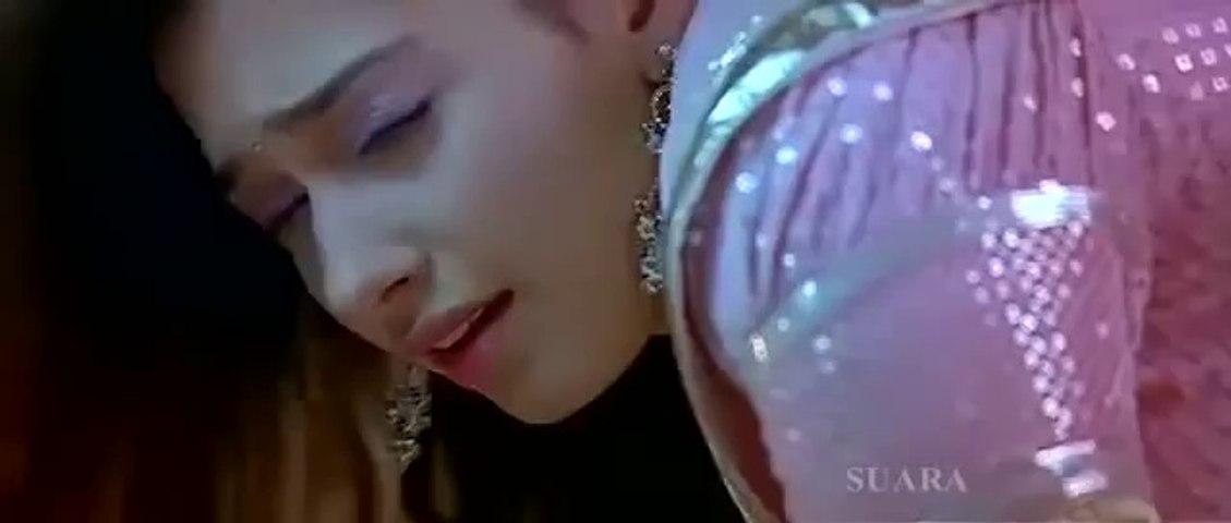 Tamanna bhatia hot hip pinch navel press in saree Sexy expressions Slow motion HD