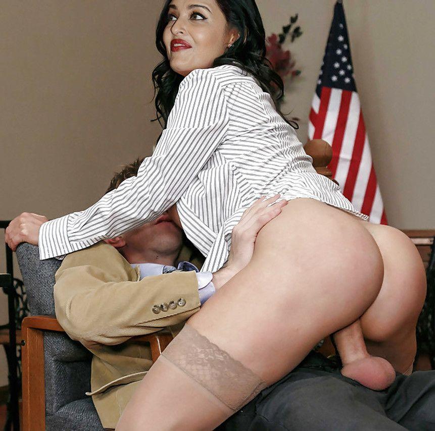 Fat ass Aishwarya Rai naked butt fucked without panties