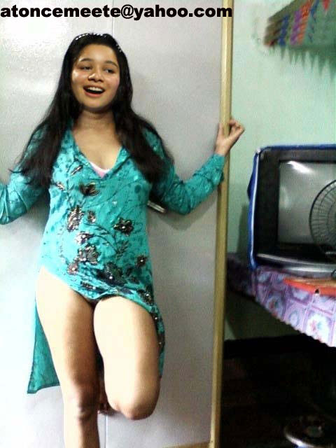 sara tendulkar showing thunder thighs