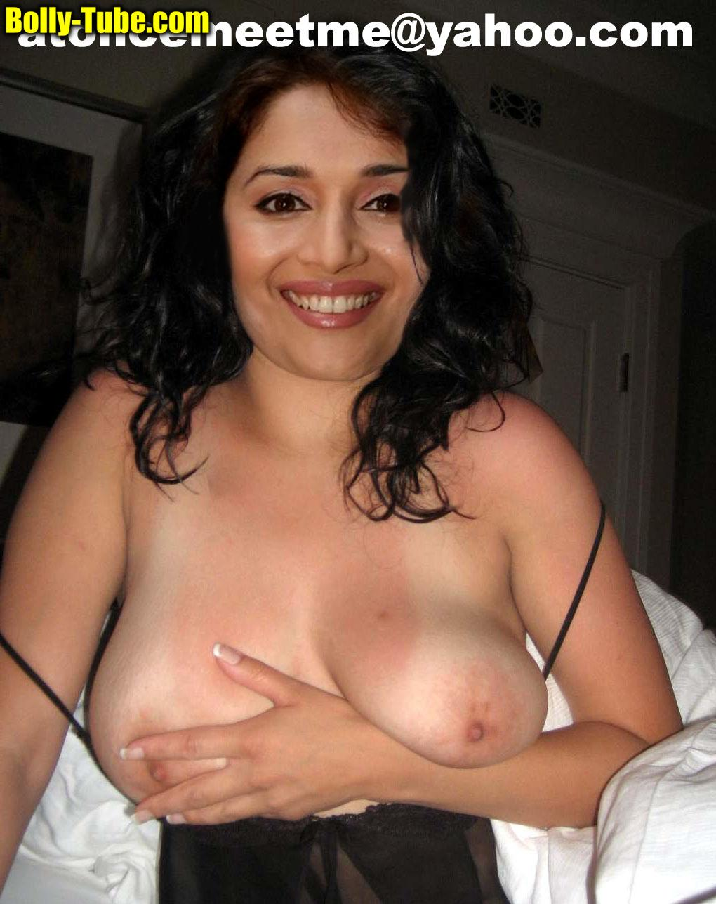 madhuri dixit showing big boobs