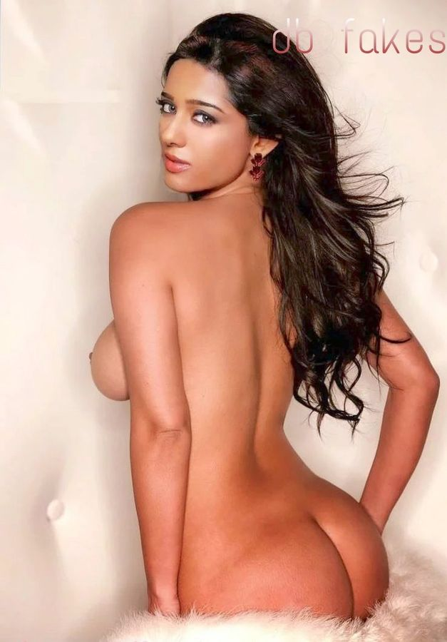 Hot ass Amrita Rao nude ass line naked bare back pose