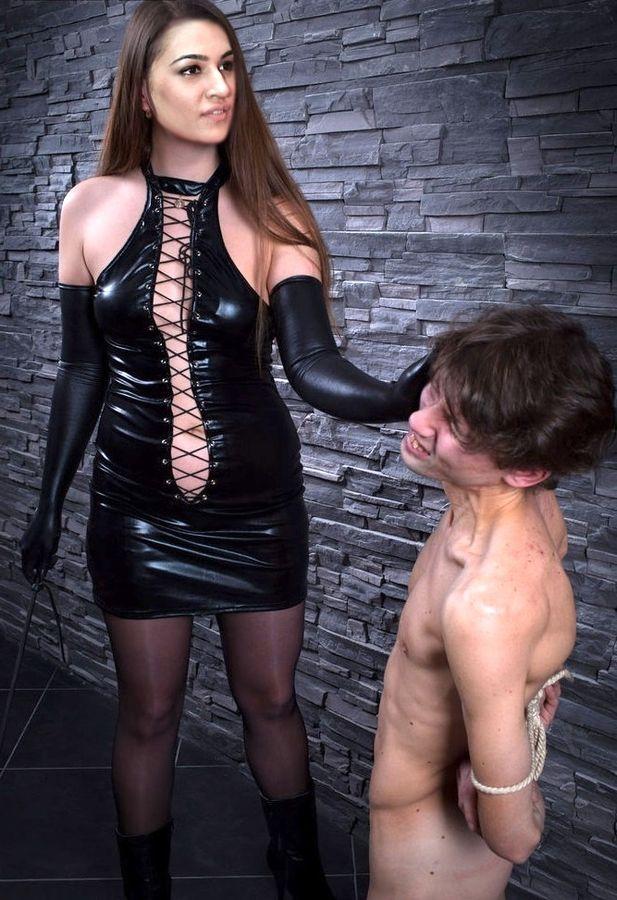 Kriti Sanon hot Leather Femdom xxx bdsm female domination