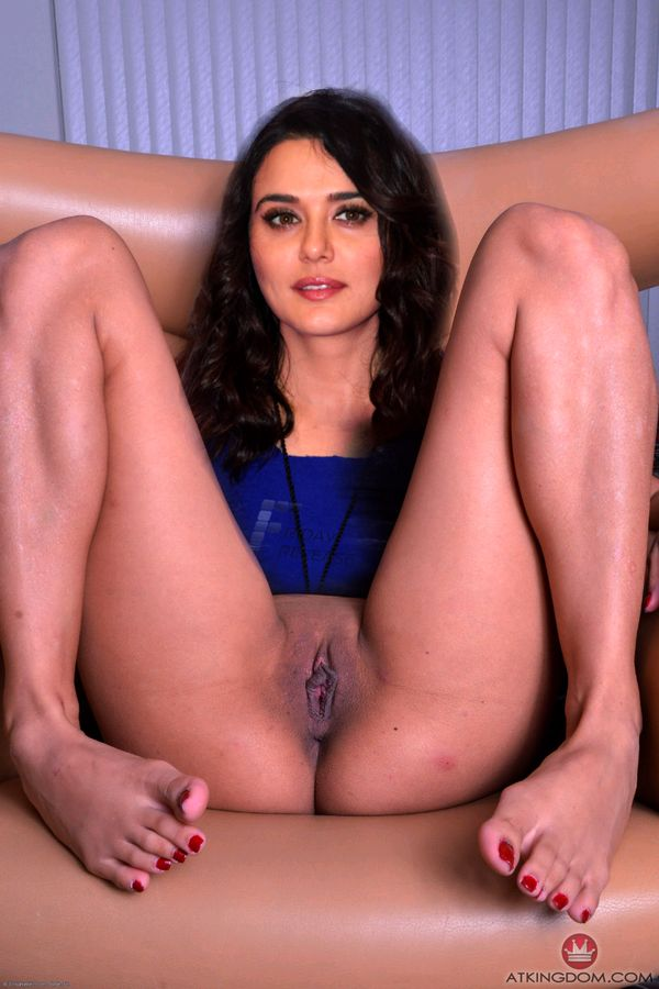 Nude ass Preity Zinta naked pussy lip without panties