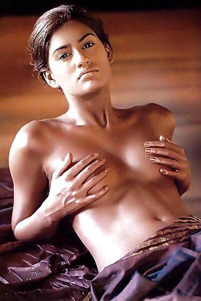 Mamta Mohandas DESI SLUTS OUTDOOR FUN Porn pictures