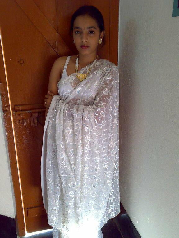 Aishwarya Devan kamapisachi without dress photos, Bolly Tube