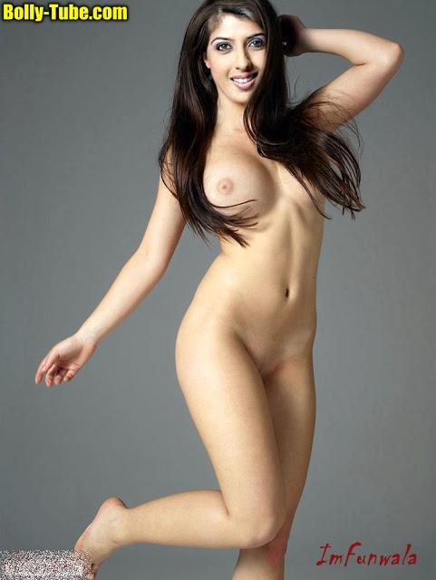 aishwarya-sakhuja-shaved-pussy-naked-slim-body
