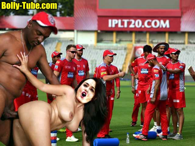 Preity Zinta actress naked IPL match Practice sex