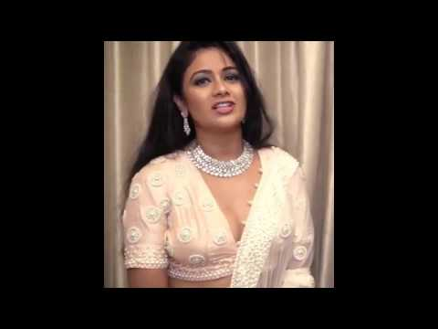 Sexy Archita Sahu hot cleavage show hot video Odia actress