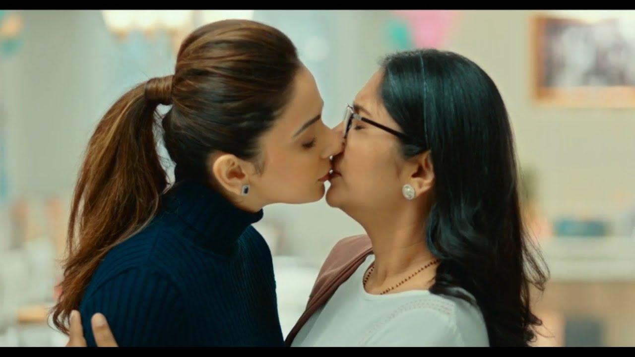 Rakul Preet Singh Hot Lesbian Kiss | Vertical Edit