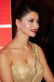 Urvashi Rautela hot, sexy