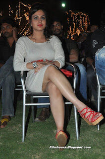 aksha pardasany big thighs