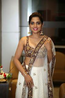 Telugu Actress Anagha saree images