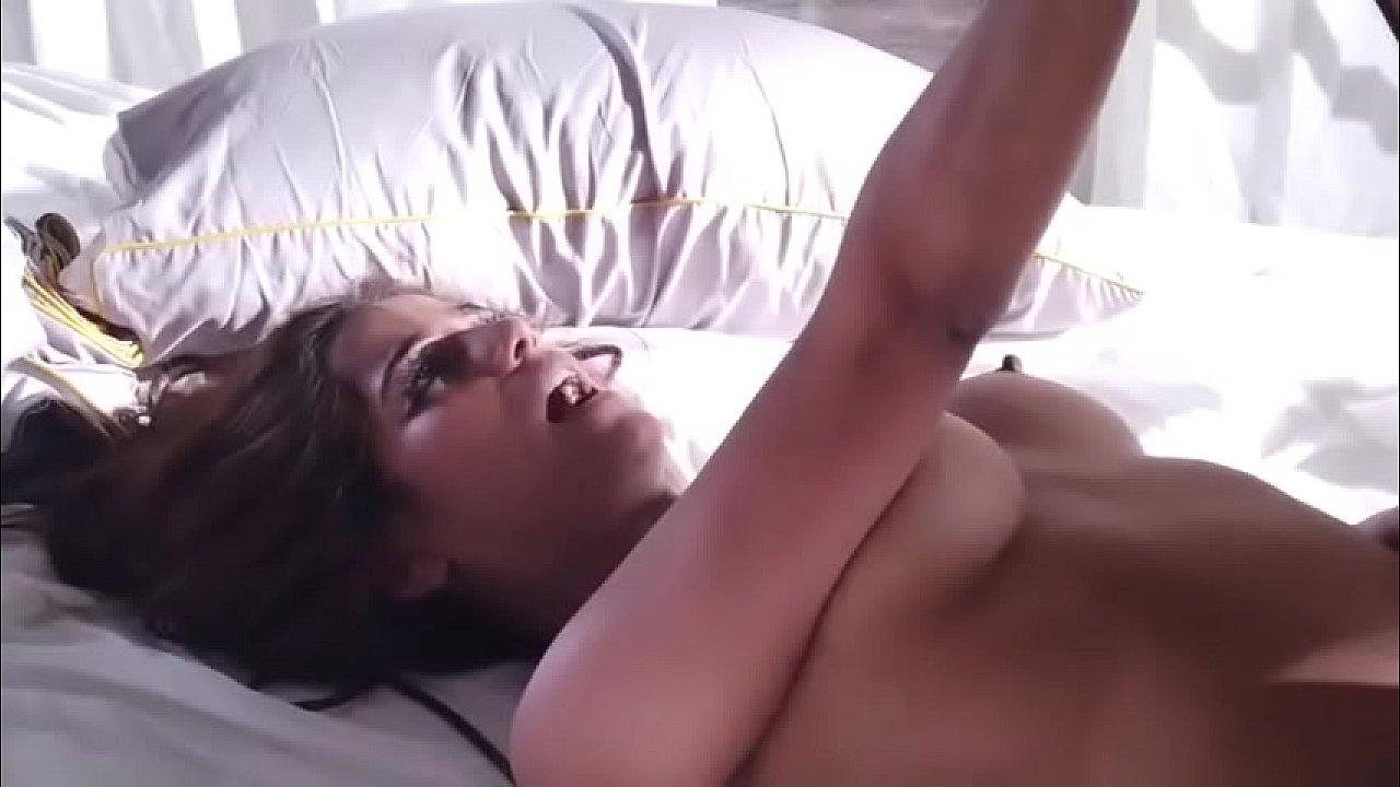 FEMME FATALE Poonam Pandey new Video 2020
