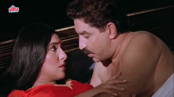 Wife cheated & shooted husband when caught bollywood scene